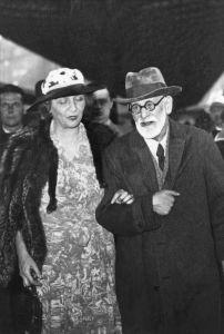 Marie Bonaparte si Freud la Paris